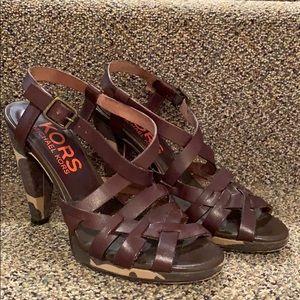 Camo heeled sandal